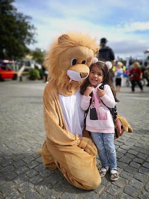 Lions-lejonet är en populär figur på familjedagen som Lions i Hudiksvall anordnar. Foto: Ullica Skytt Dempwolf