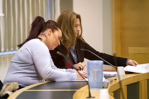 Rättegången om ringa narkotikabrott mot Jenny Örn fick avbrytas efter att oklarheter kring tidpunkten för provtagningen uppstått. Nu har åklagaren lagt ned åtalet av samma skäl.