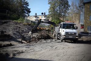 I höstas påbörjades bygget vid gamla bussgaraget i Kramfors. Här bygger Krambo sin första solcellsanläggning.