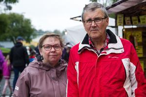 Christel Hultin och Sven Hultin hade köpt på sig lite ost och kryddor.