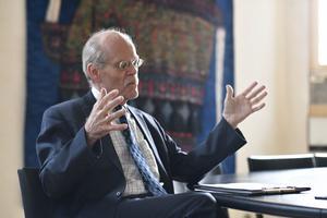 Riksbankens chef Stefan Ingves beskriver att banken har hur mycket pengar som helst.