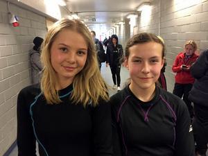 Wilma Uhlin och Tova Grönoset laddar för F17-final på fredag. Vi direktsänder matchen.Bild: Arkivbild