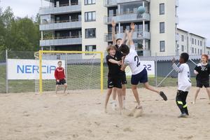 Beachhandboll var en av flera idrotter som stod på programmet.