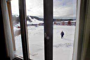 Modulstugor med utsikt över Kungsberget.
