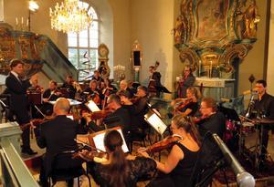 Nordiska Kammarorkestern och jazztrion TRI i gemensam konsert under Stöde musikvecka.