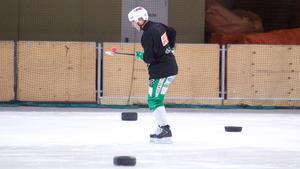 Det är ännu oklart när Ted Bergström kan vara tillbaka i spel men anfallaren hoppas att det ska bli snart.