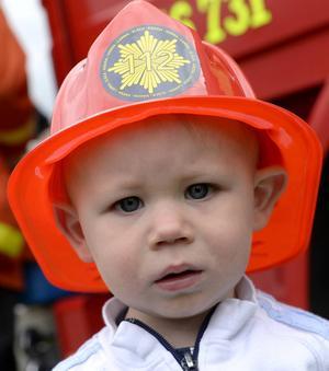 Jonathan Mellor tog brandhjälmen på största allvar.