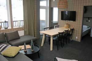 I de här rummen i nya hotellet  finns balkonger med utsikt över backarna i Kungsberget.