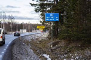 Den aktuella vägsträckan är både vältrafikerad och olycksdrabbad.