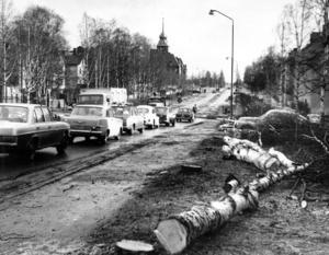 För återigen skulle Rådhusgatan byggas om för att klara den allt större biltrafiken.