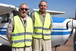 Garry Danielsson, från Borlänge, och Folke Dahlberg, från Mora, var två av de 32 piloterna på plats vid flygplatsen.