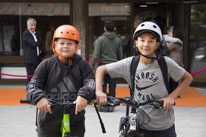 Arvid Norén, 12 år och Hugo Andersson, 12 år tycker att det känns roligt att Rapatac har öppnat.