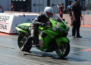 Thomas Jonsson, Korskrogen, är kvaletta i Super compbike.