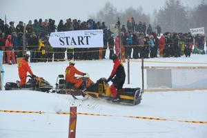 Det var bra uppslutning på åskådarplats under årets veteranrace i Parteboda.