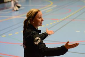 Karolina Widar har tränat Rönnby tillsammans med Jimmy Gunnstedt den här säsongen.