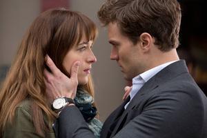 Dakota Johnson och Jamie Dornan spelar Anastasia Steele och Christian Grey i filmatiseringen av bästsäljarfenomenet
