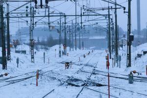 En upprustning av den 110 mil långa Inlandsbanan kan vara nära förestående. Men Östersunds kommun är oroliga över att chansen kan gå om intet om inget drastiskt görs vad gäller styrelsearbetet.