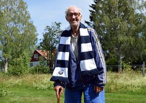 Gunnar Andersson var en laglojal back som vann fyra SM-guld under karriären. Ett lika ödmjukt intryck ger han på äldre dagar, och han är stolt över att ha fått vara en del av Leksands IF:s anrika historia.