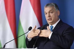 Viktor Orbán är på väg att omvandla Ungern från demokrati till auktoritärt styre. Det blir ohållbart om icke demokratiska stater är med och stiftar lagar i Sverige.