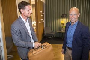 """Thomas Lütje och Patrik Frick berättar att de inte vill att Travel Team ska bli för stort, utan fortsätta vara """"det lilla personliga bolaget""""."""