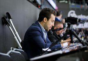 Aaron Palushaj på plats i Behrn arena. Bild: Johan Bernström/Bildbyrån