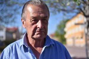 Ronnie Persson (M) är kassör i Moderaterna Orsa och är inte nöjd över med den nya undersökningen.