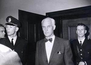 Stig Wennerström dömdes till livstids fängelse för spioneri. Men tänk om en främmande makt kan få information som motsvarar tusentals Wennerström via mobiler och datorer.