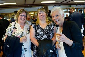 Anki Nygren, Marie Engberg och Nettan Keller minglade och hade det allmänt trevligt.