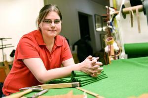 Camilla Bolmelin, möbeltapetserare, visste sedan barnsben att hon skulle bli hantverkare. Så blev det också.