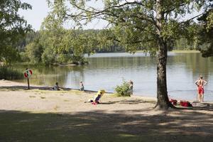På Eklundsnäsbadet härskade lugnet – och värmen.
