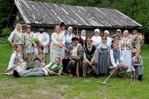 """Den 27 juni är det premiär för en nyskriven pjäs med Höga kusten teaterförening. """"De kom från havet - Skulerövarnas sista färd"""", är skriven av författaren Bo R Holmberg och regisserad av Iso Porovic, länsregissör på Teater Västernorrland."""