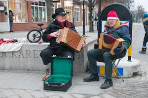 Julmusik på julmarknaden i Järna.