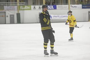 Robin Folkesson in – Marc Samuelsson, Kalle Hammar, Lukas Tidetorp Fransson och Christoffer Bridholm ut. AIK har redan hunnit göra stora förändringar i truppen.