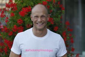 Dansaren Tobias Karlsson som varit drivande i projektet Håll Södertälje Rent.