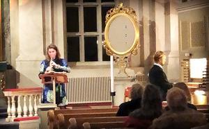 Anna-Maria och Oskar Wedman spelade i Arnäs kyrka.