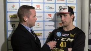 Johan Skiöld intervjuas av Sportens Anders Granlund.
