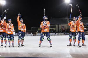 Kvartsfinalserien förra säsongen vann Bollnäs med 3–2 i matcher.