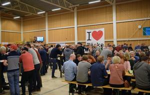 Folkfesten var total när 14:e och näst sista ölfestivalen i Söderbärke anordnades i helgen.