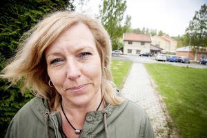 Anna-Märta Johansson, bredbandssamordnare på Ragunda kommun, håller med om att människorna i Bispgården har hamnat i kläm under fiberkriget.