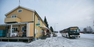 Sedan mars i år får Norråkers Handel  inte längre  varuleveranser med regionens länstrafikbussar.