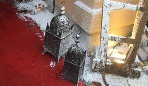 Makeriet är som vanligt krogen med snögaranti - i alla fall utanför entrén.