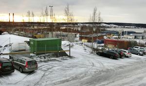 Ett område intill Bangårdsgatan i centrala Östersund ska saneras från riskfyllda miljögifter, efter ett gasverk som låg här för långe sedan.