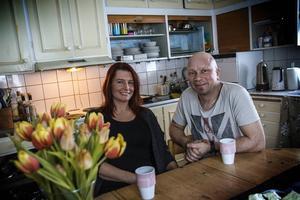 Åsa Ekbrink och Andreas Malmquists frieri på Ica för har blivit en viral succé.