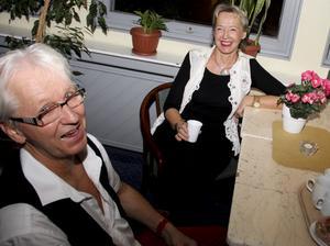 Gunnar Larsson och Monica Uppman är lite mer långväga besökare. De kommer från Norrsundet och Ockelbo.