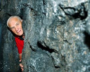 """""""Nu, när vi har ett geologcenter som vi kan vara stolta över, då har inte skoleleverna råd att åka hit"""", säger Harald Olsson, som är ordförande för den ekonomiska förening som driver Geocenter i Lockne. Foto: Jan Andersson"""
