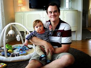 Johan Koski intervjuades av Pralin våren 2016, när han precis hade dragit i gång sitt Vasaloppsprojekt. I dag är sonen Sixten tyngre medan pappa Johan är lättare.