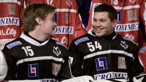 Adam Johansson och Andreas Sundberg i Västanfors IF.