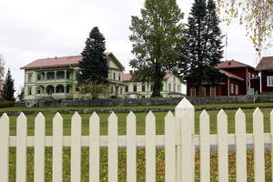 Hembygdsföreningens butik på Stenegård får nya ägare. Delar av försäljningen flyttas till Hembygdsgården.