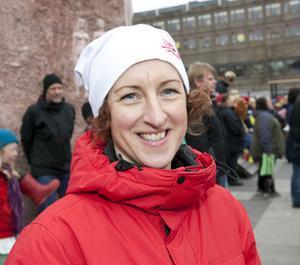 Anna Leidstedt, 43 år, provsmakare på Cloetta, Strömsbro.1. Hemma och tittade på tv. Det gick jättebra. 2. Det är jättesvårt. Jag tänker bara på dem som är med nu så då får det bli Järnkrok.