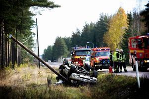 Trafikverket vill sätta upp mitträcken mellan Borlänge och Djurås. Enligt Trafikverket tillhör riksväg 70 en av de 100 farligaste vägarna i landet. Bilden är tagen i samband med en trafikolycka i Amsberg Foto:JohanSolum/arkiv
